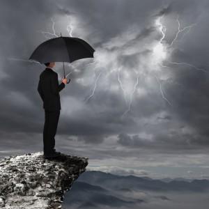 homme parapluie